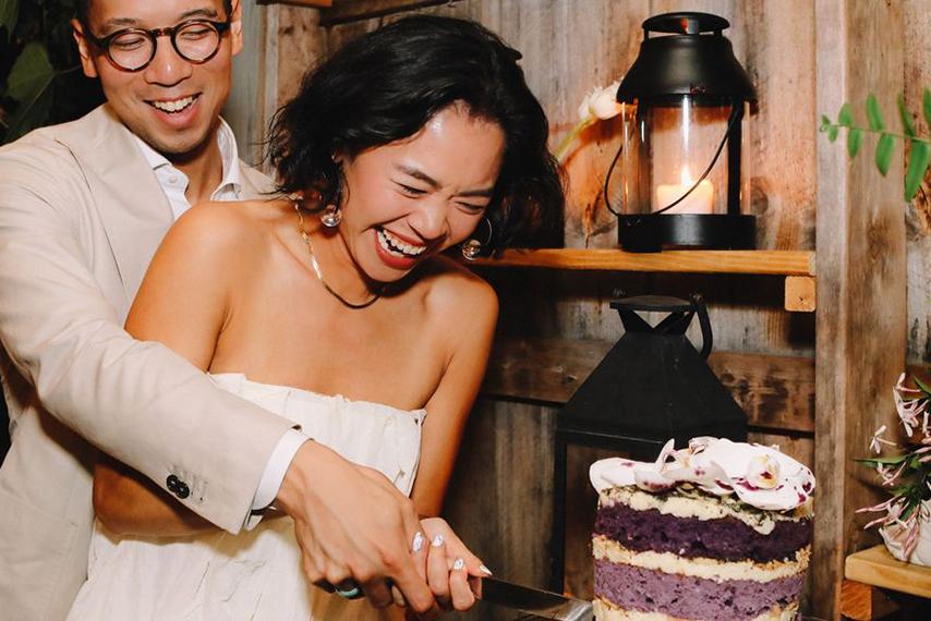 夫妻切蛋糕